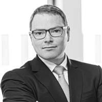 Dr Tobias Eggers